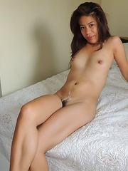 Horny Asian beach girl Chelsy